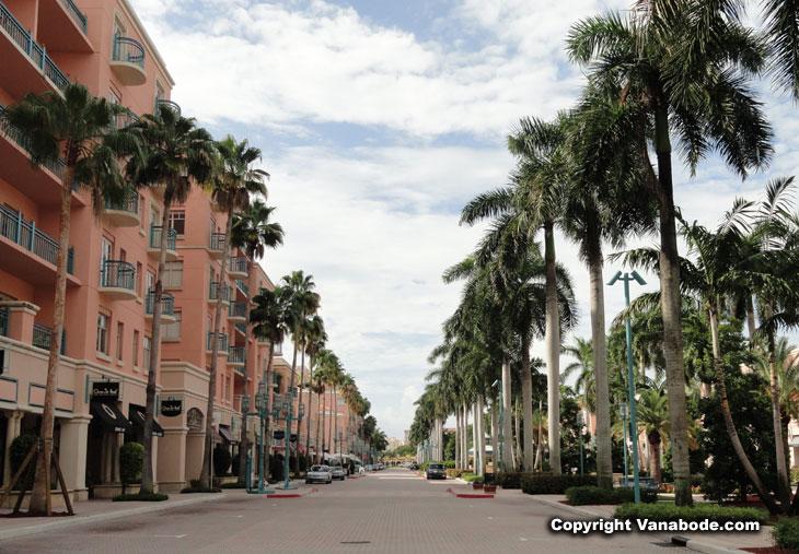 Via Mizner Luxury Apartments Boca Raton Fl