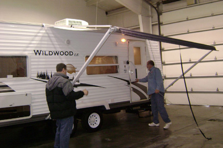 picture of rv awning extended