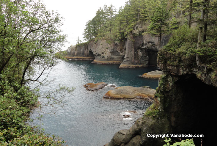 picture of caves at cape flattery washington