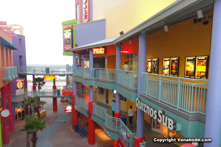 ocean walk shoppes in daytona beach picture