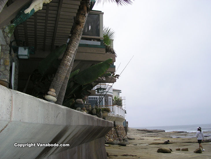 picture of the beach homes of la jolla