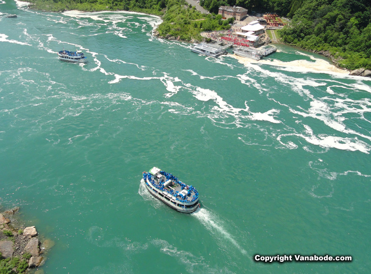 Niagara Falls tour boats from above