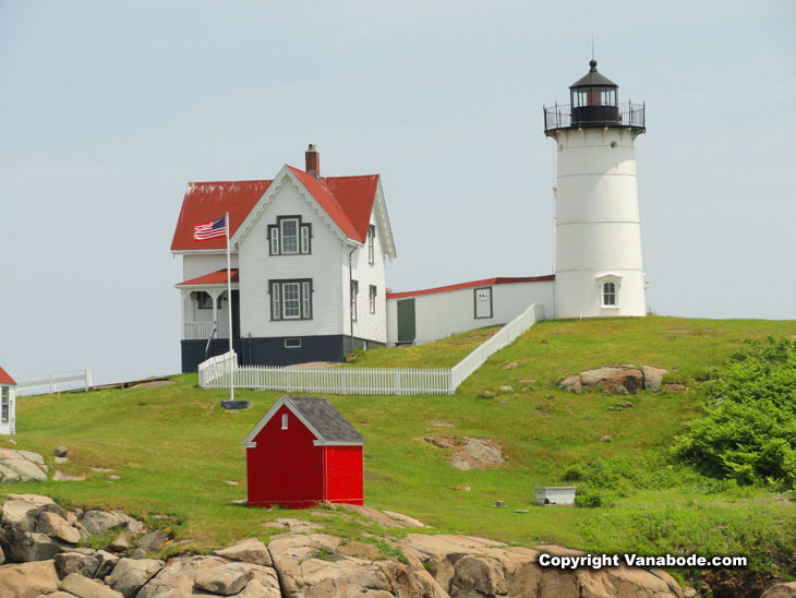 nubble lighthouse in maine on the rugged coast