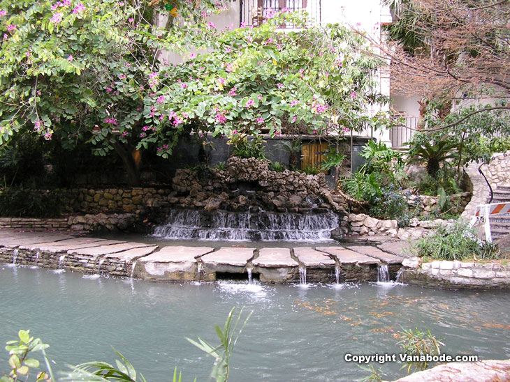 Picture of waterfall along River Walk in San Antonio Texas