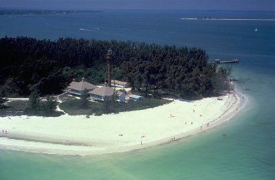 sanibel island beach lighthouse
