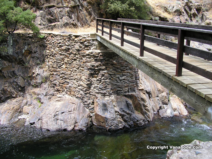 Sequoia foot bridge on hike in the foothills picture