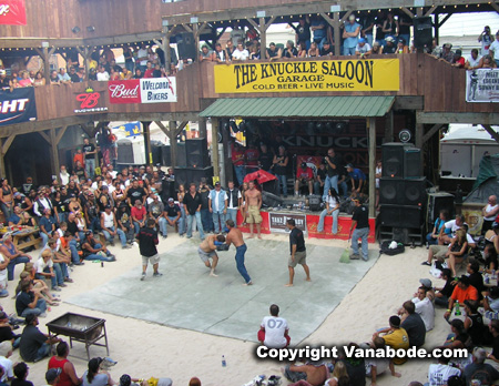 Picture of fights at Broken Knuckle in Sturgis