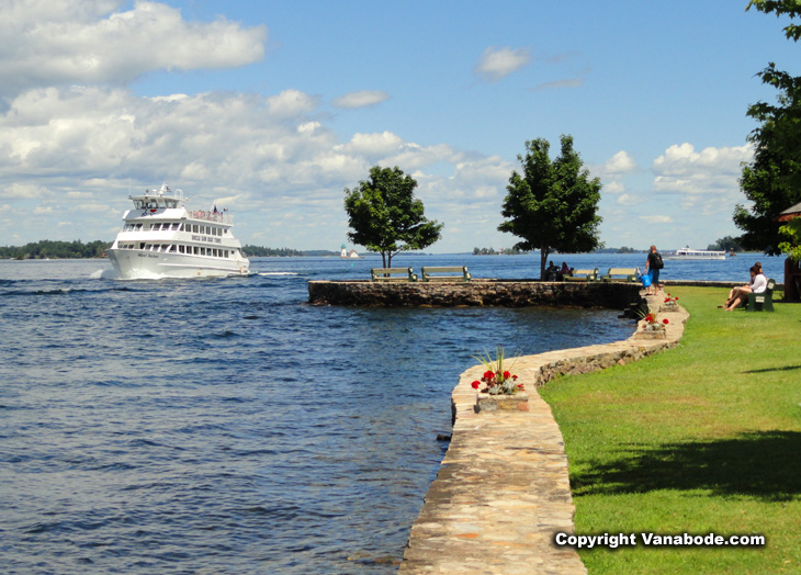 cruise ship in thousand islands waterways around alexandria