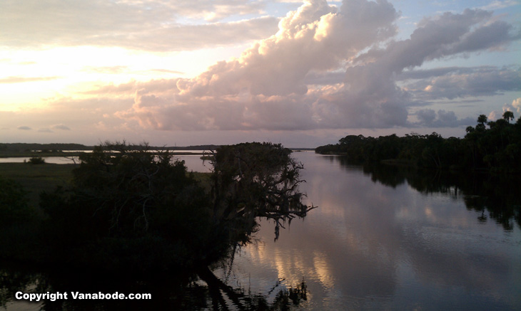 tomoka state park picture shows great water and fishing location